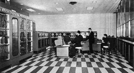 800px-UNIVAC-I-BRL61-0977